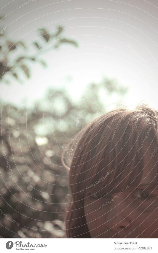 Du! Mensch feminin Frau Erwachsene Kopf Haare & Frisuren Gesicht 1 Umwelt Pflanze Himmel Sommer Klima Schönes Wetter Baum Sträucher Blick träumen ästhetisch