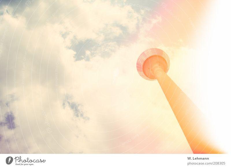Skyllipop Himmel alt blau Wolken gelb gold Skyline Stadtzentrum Düsseldorf Fernsehturm Altstadt