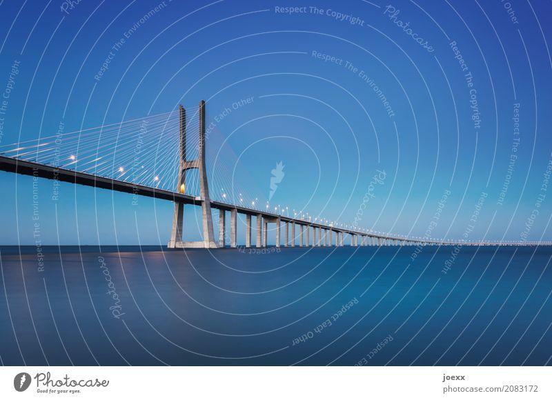 Ponte 25 de Abril Himmel blau Wasser Wege & Pfade Horizont groß Brücke Sehenswürdigkeit Bauwerk Portugal