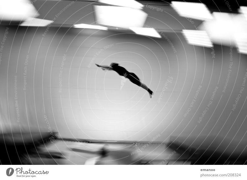 Rotationsprinzip Mensch Jugendliche Freude Erwachsene Sport Bewegung springen Luft Kraft fliegen hoch maskulin Lifestyle fallen 18-30 Jahre Konzentration