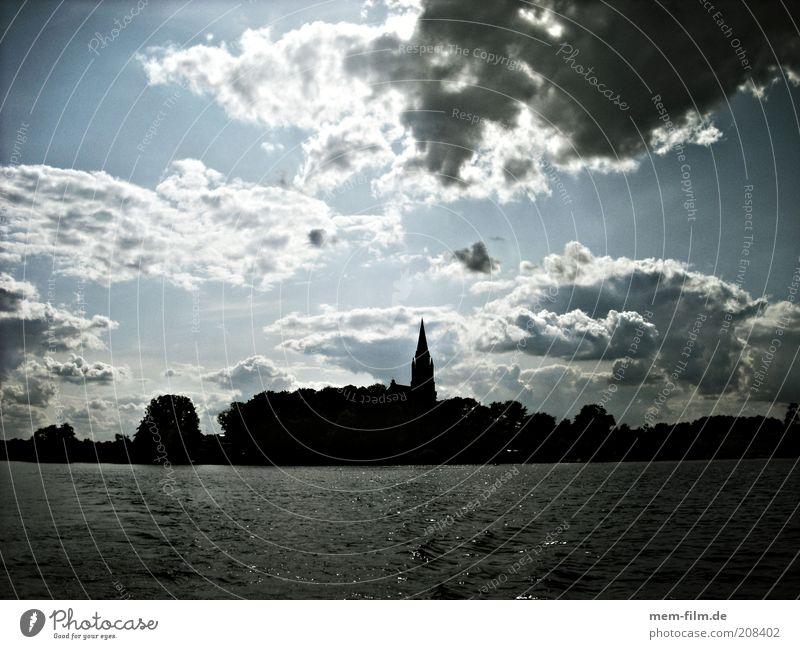 vom wasser Ferien & Urlaub & Reisen Wasser Wolken See Deutschland Insel Kirche Mecklenburg-Vorpommern Vignettierung Müritz Seenplatte Binnensee