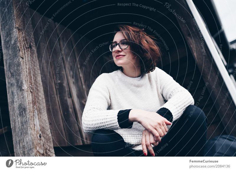 Roadtrip West Coast USA (29) feminin Junge Frau Jugendliche Erwachsene 1 Mensch 18-30 Jahre 30-45 Jahre schön Pullover beige brünett natürlich Brille
