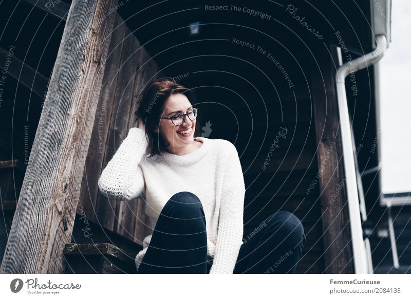 Roadtrip West Coast USA (27) feminin Junge Frau Jugendliche Erwachsene 1 Mensch 18-30 Jahre 30-45 Jahre Glück Pullover beige gemütlich ruhig Zufriedenheit