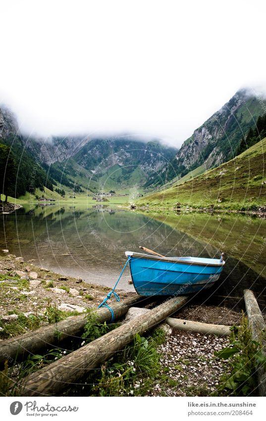 Bootfahrt ans Ende der Welt gefällig? ruhig Ausflug Ferne Sommerurlaub Berge u. Gebirge Natur Landschaft Wasser Himmel Wolken Frühling Wetter schlechtes Wetter