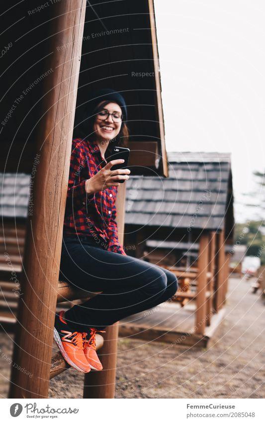 Roadtrip West Coast USA (60) feminin Junge Frau Jugendliche Erwachsene 1 Mensch 18-30 Jahre 30-45 Jahre Kommunizieren Glück Fröhlichkeit Kommunikationsmittel