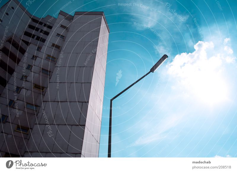 suzejuttassecretjohnmajamafieldmadokolabooderso Himmel Sonne Stadt Haus Berlin Gebäude Religion & Glaube Architektur Armut Hochhaus Horizont Fassade Lifestyle