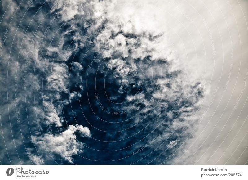 10 000 feet Himmel Wolken Ferne Erholung Denken Luft Angst Wind Wetter Umwelt groß ästhetisch Abenteuer Coolness bedrohlich Klima
