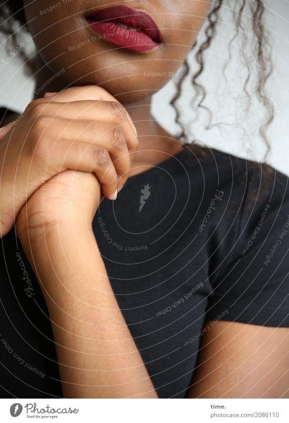 . Mensch Frau schön ruhig Erwachsene Wärme Leben Bewegung feminin Zeit Stimmung Kreativität Lächeln warten Neugier Hoffnung
