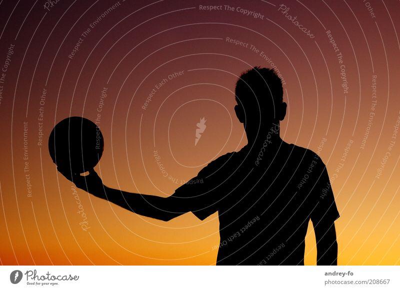 Schattenbild maskulin Mann Erwachsene Sommer Ball Kugel braun gelb rot schwarz Volleyball Silhouette Sportler sportlich Volleyballer Ballsport Oberkörper