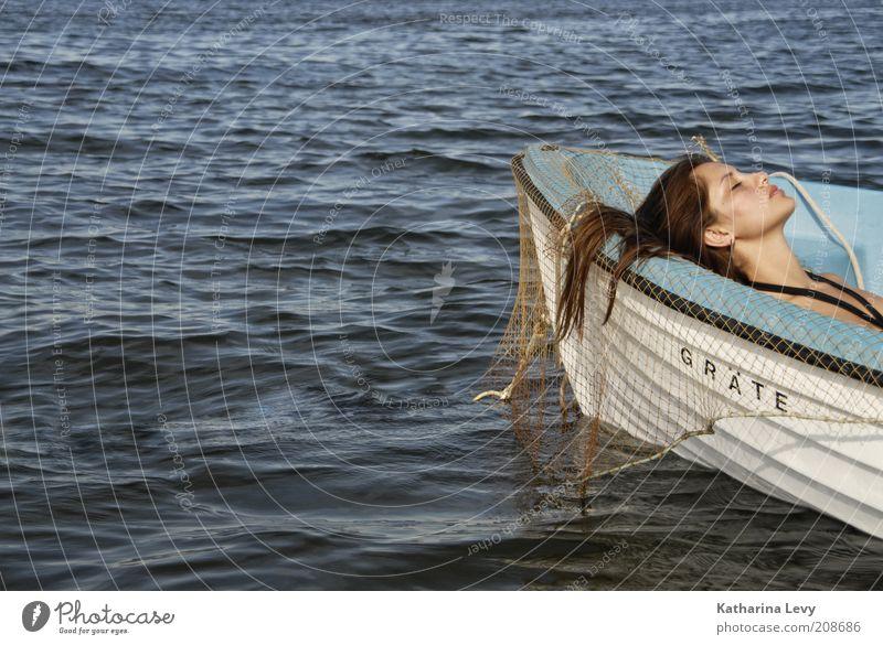 @ the ocean Mensch Jugendliche Wasser schön weiß Meer blau Sommer Strand Gesicht Ferien & Urlaub & Reisen Einsamkeit Erotik Leben Erholung feminin