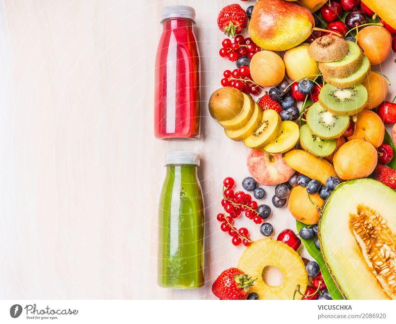 Smoothies Flaschen mit Sommer Früchten Lebensmittel Frucht Ernährung Bioprodukte Vegetarische Ernährung Diät Getränk Erfrischungsgetränk Limonade Saft kaufen