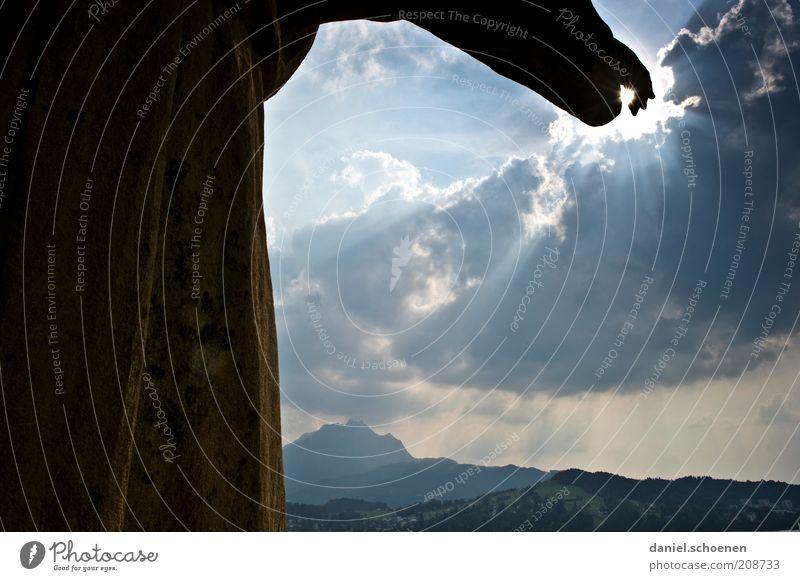 zur Sonne da lang Himmel Wolken Berge u. Gebirge Religion & Glaube Klima Zukunft Richtung Skulptur zeigen Jesus Christus Gewitterwolken