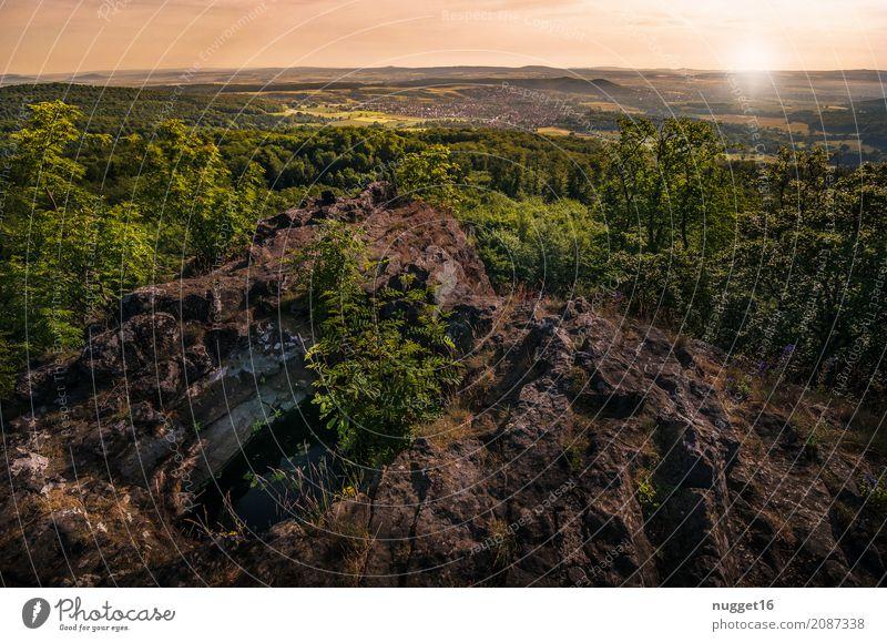 der Hohlestein in Nordhessen Himmel Natur Ferien & Urlaub & Reisen Pflanze Sommer grün Sonne Baum Landschaft Ferne Wald Berge u. Gebirge Umwelt Frühling Herbst