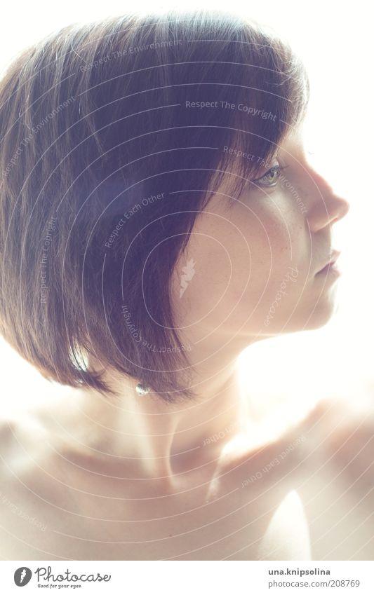 jour Mensch Frau Jugendliche schön Gesicht Erwachsene feminin Haare & Frisuren Denken träumen Haut natürlich Junge Frau 18-30 Jahre Brust brünett