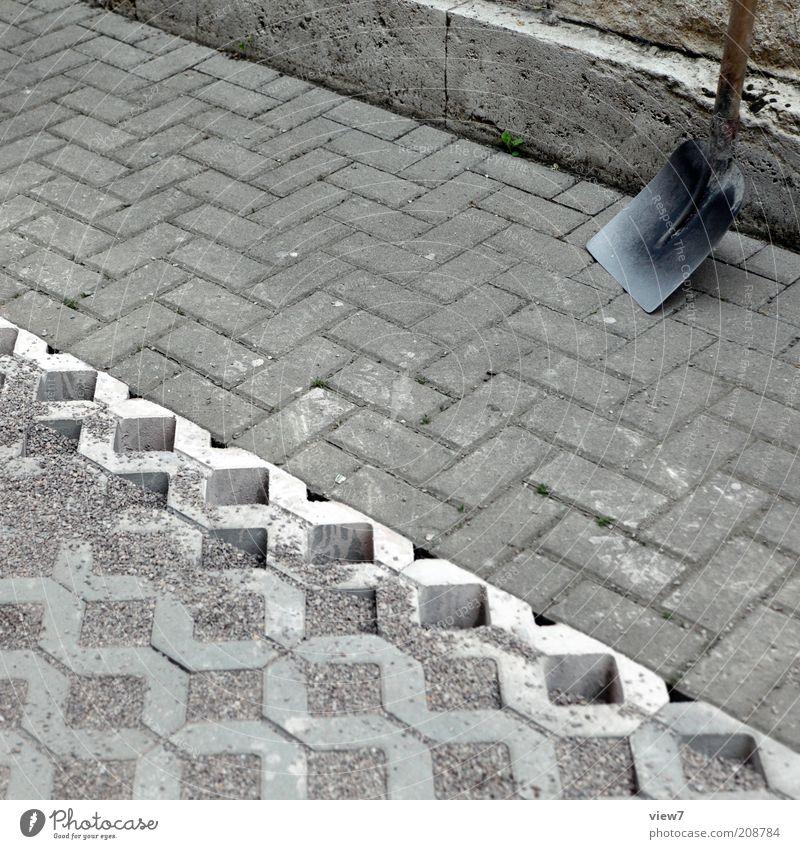Pause alt Stein Sand Beton groß Perspektive modern Ordnung stehen einfach Baustelle rein Beruf Dienstleistungsgewerbe machen