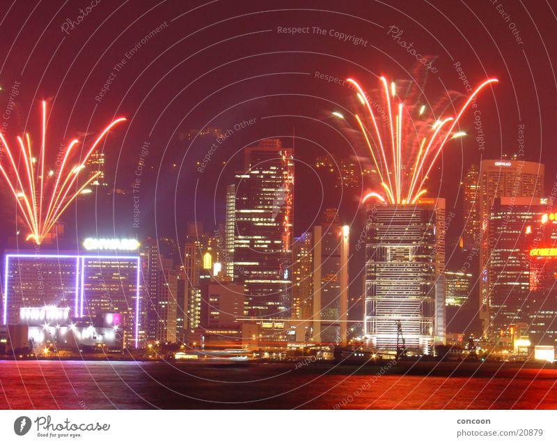 Feuerwerk in Hong Kong Hochhaus Werbung Neonlicht Silvester u. Neujahr Explosion Laser Hongkong China Fernost Erfolg Skyline Feste & Feiern