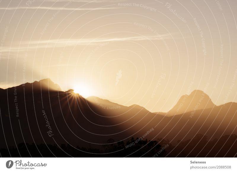 let it shine Ferien & Urlaub & Reisen Ausflug Ferne Freiheit Expedition Sommer Sommerurlaub Sonne Umwelt Natur Landschaft nur Himmel Horizont Berge u. Gebirge