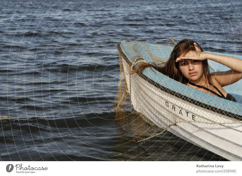 @ the ocean II Mensch Natur Jugendliche blau Wasser weiß Ferien & Urlaub & Reisen Meer Sommer Einsamkeit ruhig Gesicht Erwachsene Ferne Leben feminin