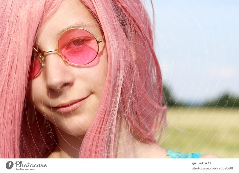 My world is pink feminin Mädchen Junge Frau Jugendliche Kindheit Leben Haare & Frisuren 1 Mensch 8-13 Jahre 13-18 Jahre Sommer Schönes Wetter Brille