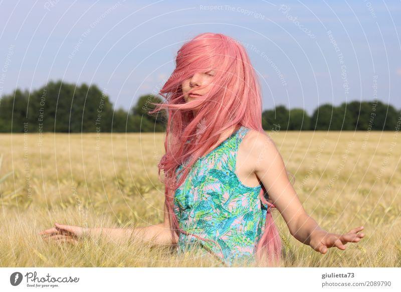 good vibes || feminin Mädchen Junge Frau Jugendliche Leben 1 Mensch 8-13 Jahre Kind Kindheit 13-18 Jahre Sommer Schönes Wetter Getreidefeld Kornfeld langhaarig