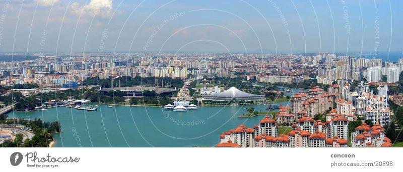 Sommer in Singapur (Panorama) Stadt Meer Physik Thailand Singapore Los Angeles Suntec City überblicken blaues Wasser Häusermeer Sonne Blauer Himmel Wärme