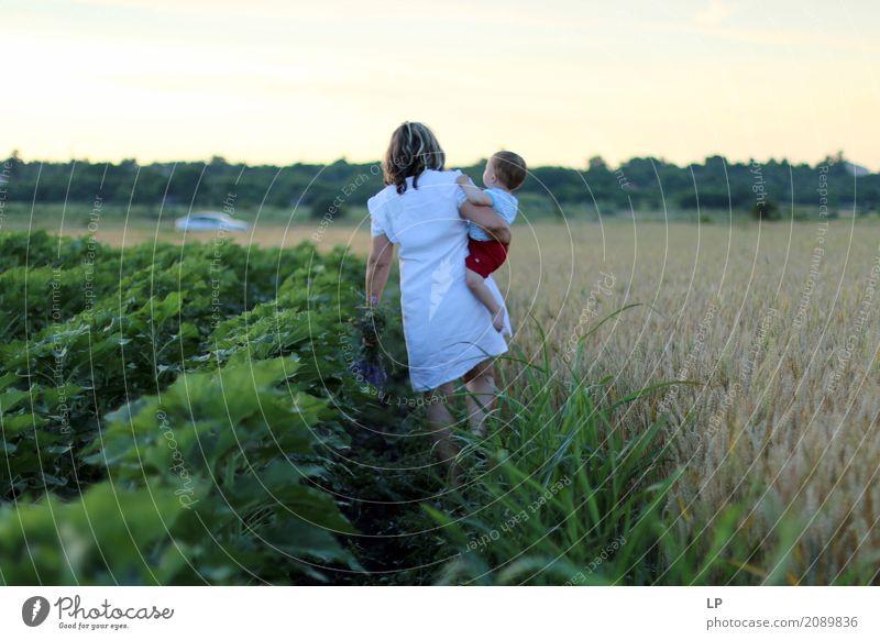 Mutter und Kind Mensch Frau Natur Ferien & Urlaub & Reisen Freude Erwachsene Leben Lifestyle Liebe Gefühle feminin Familie & Verwandtschaft Zufriedenheit
