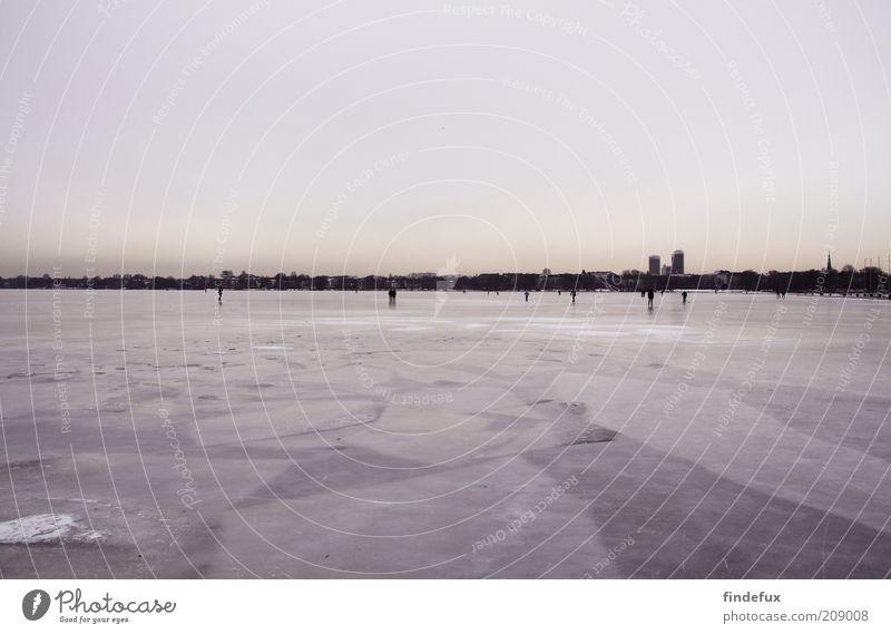 2010 Winter Eis Frost See Hafenstadt Skyline Menschenleer fest kalt Farbfoto Außenaufnahme Panorama (Aussicht) Textfreiraum oben Textfreiraum unten gefroren