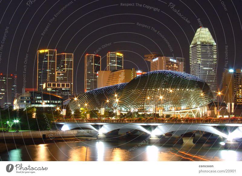 Incomparable Hochhaus fantastisch außergewöhnlich Skyline exotisch erleuchten Thailand Singapore Los Angeles