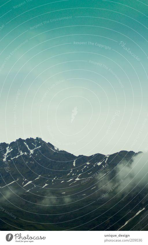 berg & himmel Umwelt Natur Landschaft Himmel Wetter Wind Hügel Felsen Alpen Berge u. Gebirge blau grau grün ruhig Fernweh Einsamkeit Schweiz dunkel Farbfoto