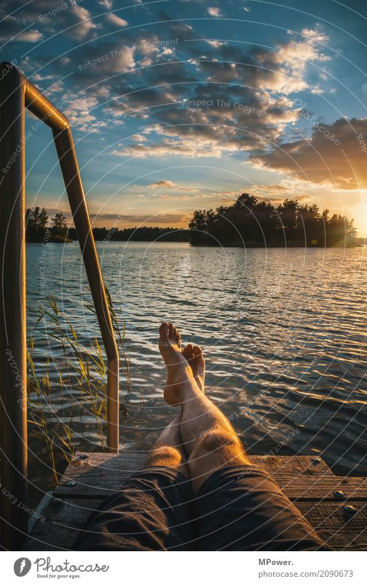 chillfaktor 10 Mensch Natur Ferien & Urlaub & Reisen Jugendliche Sommer Baum Landschaft Erholung Wolken ruhig Ferne 18-30 Jahre Erwachsene Umwelt Beine Küste