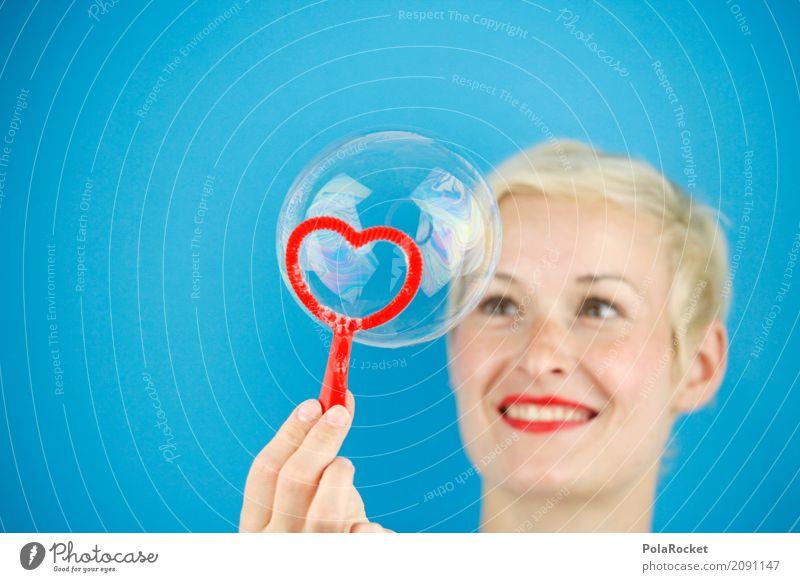#A# Seifenbalance Frau blau Junge Frau rot Liebe Spielen Kunst ästhetisch Kreativität Herz Lippen Seifenblase Kunstwerk Liebeskummer Liebeserklärung