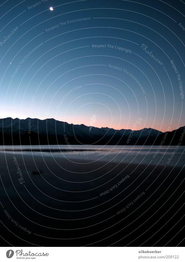 Wanaka blau Strand Winter Einsamkeit Ferne Erholung Schnee Berge u. Gebirge See Eis rosa Stern Frost Gelassenheit Seeufer Mond