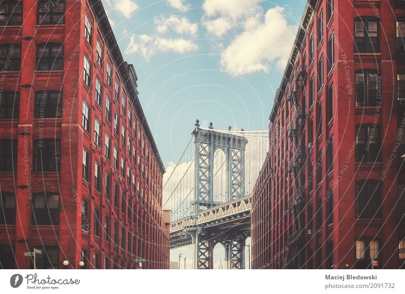 Architektur Straße Gebäude Fassade retro USA historisch Brücke Sightseeing Brooklyn Großstadt Manhattan Bridge