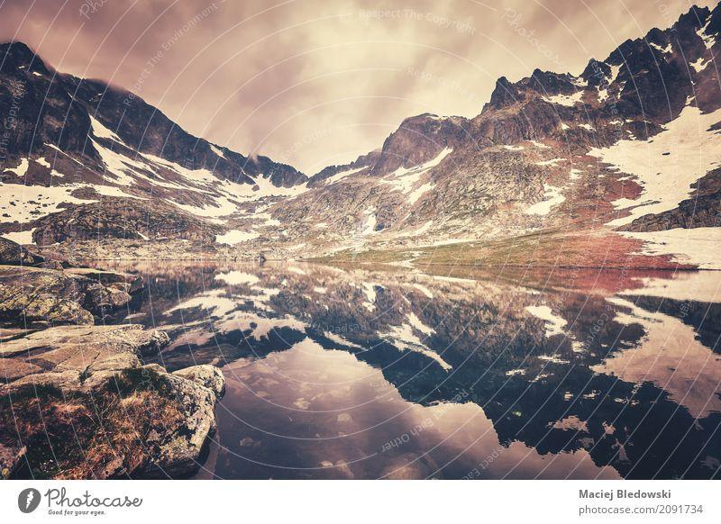 See in hohen Tatra-Bergen Ferien & Urlaub & Reisen Landschaft Berge u. Gebirge Felsen Ausflug wandern retro Aussicht Europa Abenteuer Gipfel Hügel Camping Höhe