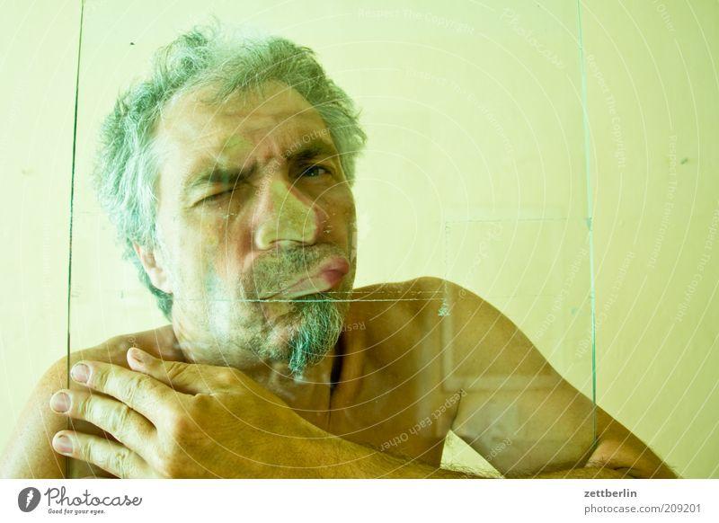1960 Mann Hand Gesicht Auge Mund Erwachsene Glas maskulin Nase geschlossen Lippen Fliesen u. Kacheln Bart Mensch skurril atmen