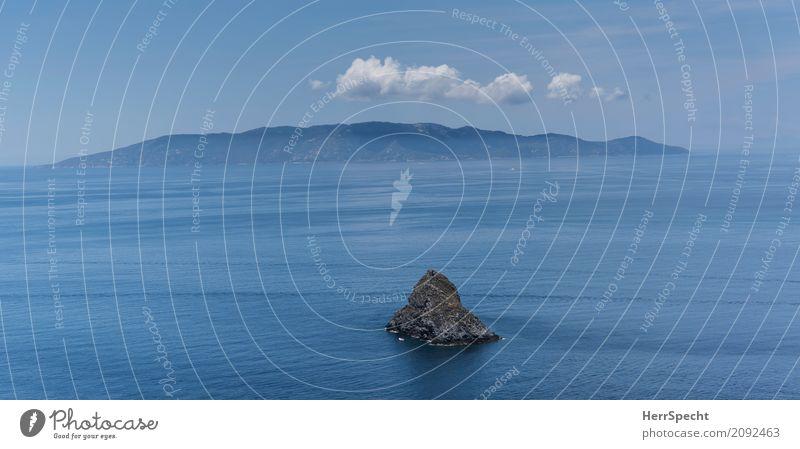 Inselträume Natur Ferien & Urlaub & Reisen blau Sommer Landschaft Meer Ferne Umwelt natürlich Küste Freiheit Tourismus grau Felsen Ausflug Insel