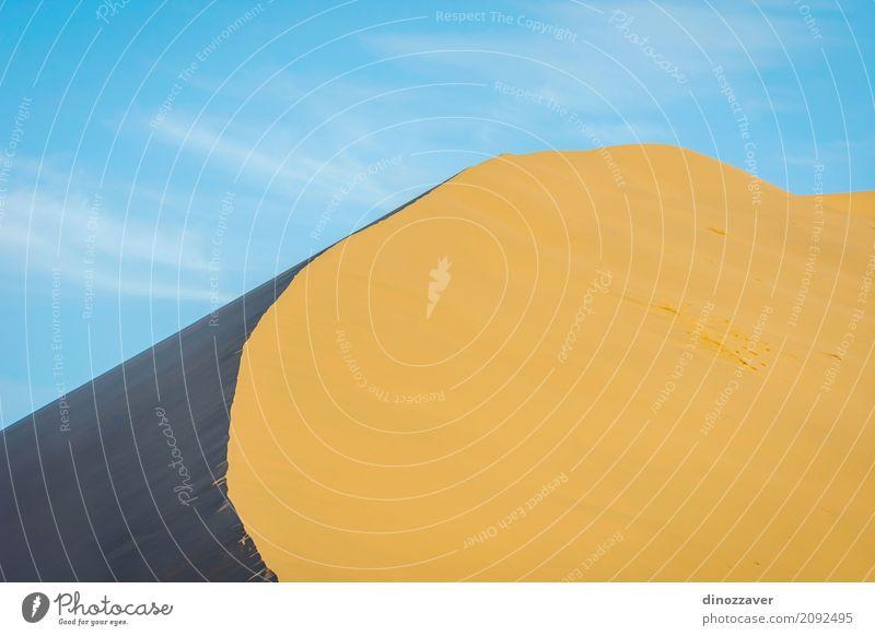 Sanddünen in der Gobi-Wüste, China Himmel Natur Ferien & Urlaub & Reisen blau Sommer Sonne Landschaft rot Strand Berge u. Gebirge gelb natürlich Tourismus wild