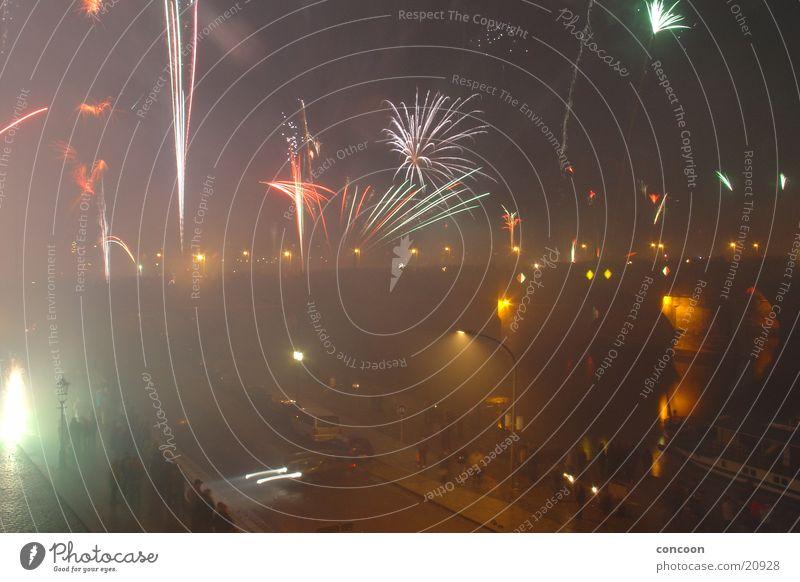 Silvester 2003 III Silvester u. Neujahr Dresden Augustusbrücke mehrfarbig Langzeitbelichtung Feuerwerk