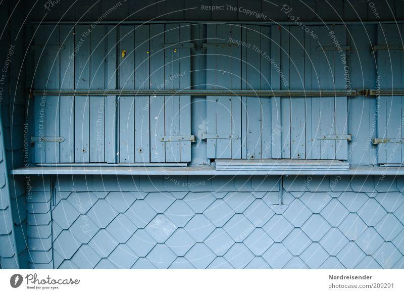 Blau machen blau Ferien & Urlaub & Reisen Fenster Holz Ausflug geschlossen Perspektive trist Gastronomie Dienstleistungsgewerbe Handel hässlich stagnierend