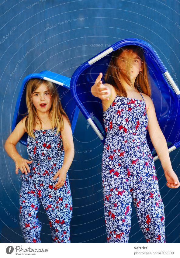 Supermodel The Next Generation Mensch Kind blau Mädchen Bewegung Mode 2 Kindheit blond außergewöhnlich Coolness Kleid Hut Idee Anzug langhaarig