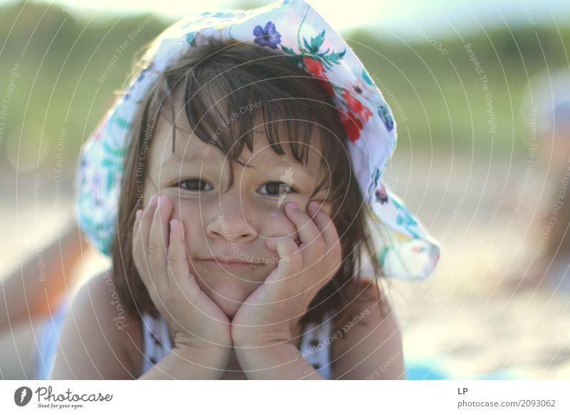 Ich bin gelangweilt Mensch Kind Ferien & Urlaub & Reisen Leben Lifestyle Gefühle Senior Familie & Verwandtschaft Spielen Schule Freizeit & Hobby träumen