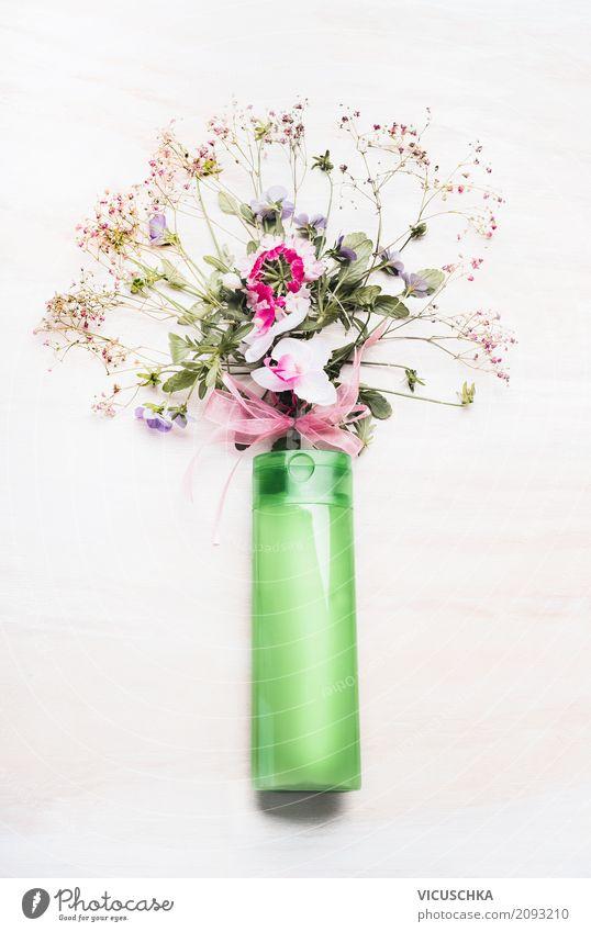Grünes Kosmetikprodukt mit Blumen und Kräuterbündel Natur Pflanze schön grün Blatt Lifestyle Blüte Gesundheit Stil Design Kräuter & Gewürze Körperpflege Botanik