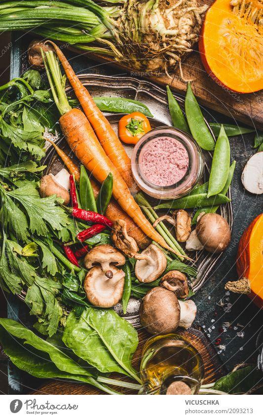 Vegetarisch Kochen mit Bio Gemüse Lebensmittel Suppe Eintopf Kräuter & Gewürze Ernährung Bioprodukte Vegetarische Ernährung Diät Stil Design Gesunde Ernährung