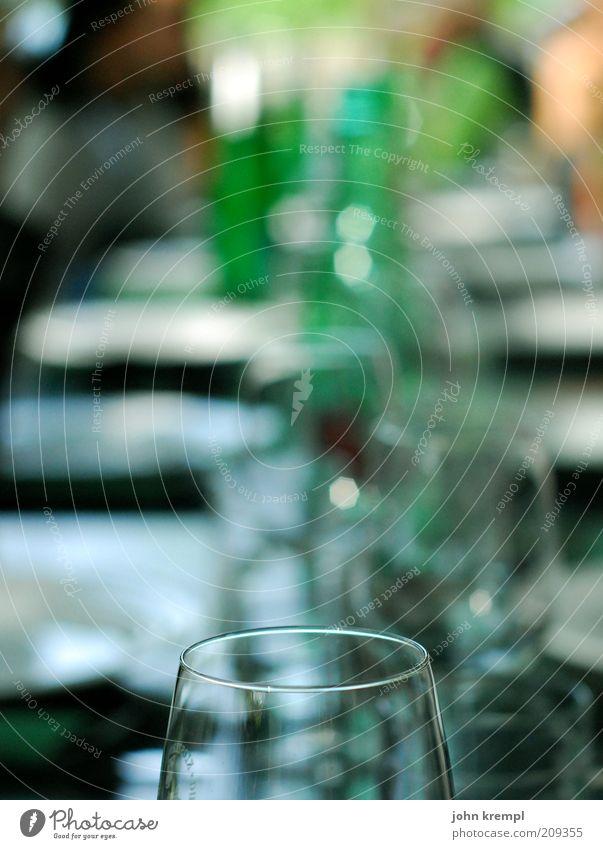have a drink on me blau grün Feste & Feiern mehrere Glas Ernährung Getränk Lebensfreude trinken viele Symbole & Metaphern Wein Flasche Alkohol Alkoholisiert Gastronomie