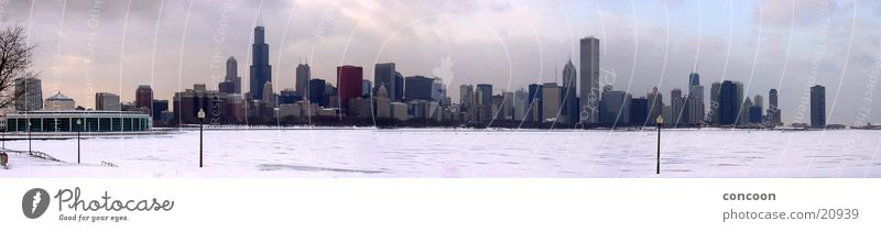 Chicago Winterskyline (Panorama) kalt Schnee Eis Hochhaus USA Skyline Nordamerika Schneedecke Illinois Sears Tower Lake Michigan