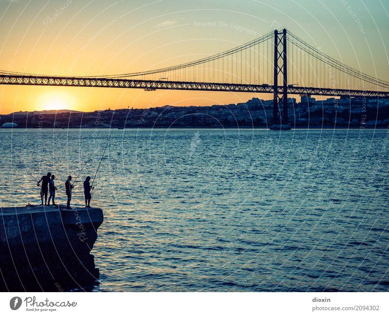 arialva sunset Ferien & Urlaub & Reisen Tourismus Sightseeing Städtereise Sommer Sonne Meer Wellen Flussufer Tejo Lissabon Portugal Hauptstadt Hafenstadt