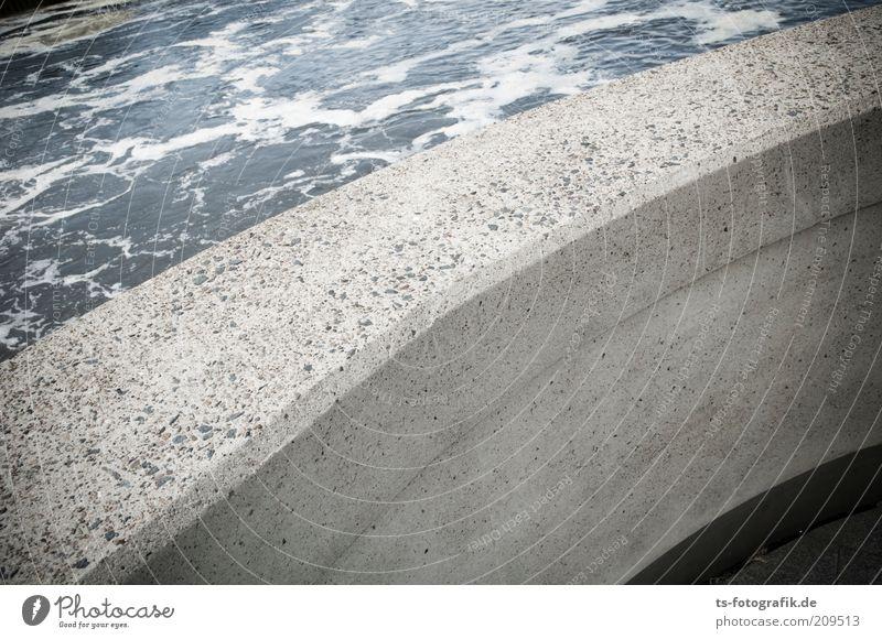 Flussbekurvigung Umwelt Natur Urelemente Wasser Flussufer Flußbett Sperrwerk Flußwehr Staustufe Betonmauer Betonwand Verkehrswege Stein Kurve Mauer hässlich