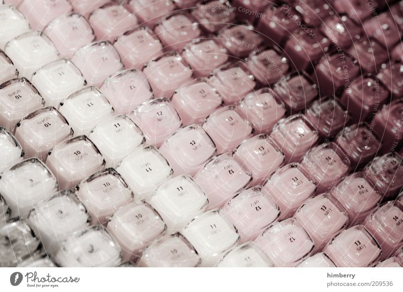 nagellacknachschlag schön Farbe Farbstoff Stil Zufriedenheit Ordnung Lifestyle Kosmetik Reichtum Wohlgefühl Makroaufnahme Handel Ladengeschäft Auswahl Nagellack Farbton