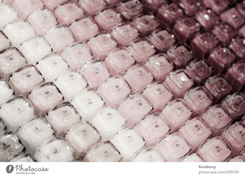 nagellacknachschlag schön Farbe Farbstoff Stil Zufriedenheit Ordnung Lifestyle Kosmetik Reichtum Wohlgefühl Makroaufnahme Handel Ladengeschäft Auswahl Nagellack