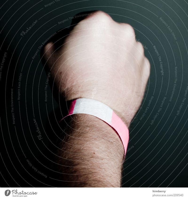 vipneurose Hand Haare & Frisuren Arme Haut Lifestyle Schnur Gesellschaft (Soziologie) Aggression Faust Accessoire Eintrittskarte Mensch Bedeutung elitär